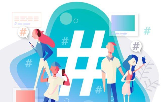 Молодые люди используют хэштеги в публикациях на Instagram