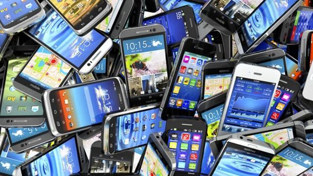 Большой ассортимент современных смартфонов