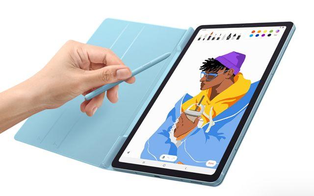Планшет Galaxy Tab S6 Lite в чехле со стилусом S Pen
