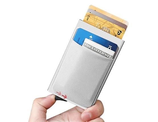 футляр для карт с блокировкой RFID