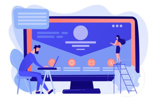 Веб-разработчик работает на оптимизацией веб-сайта с целью увеличения потока посетителей