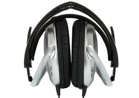 KOSS UR40 – отличные наушники для электронной музыки