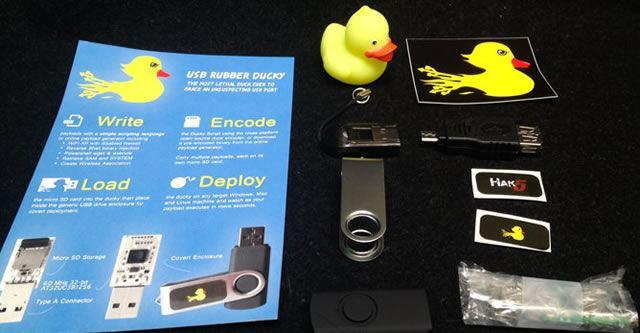 Устройство USB Rubber Ducky определяется как клавиатура. С его помощью можно совершать атаки на компьютеры, планшеты и смартфоны