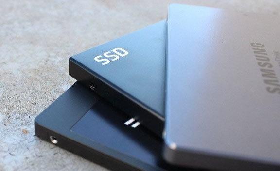 Набор SSD накопителей от Samsung
