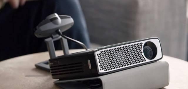 Мобильный проектор для реализации концепции мобильного Smart TV