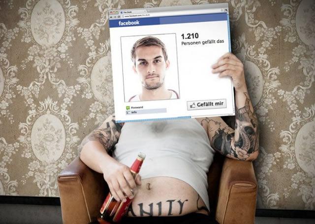 Подмена реальной жизни профилем из социальной сети