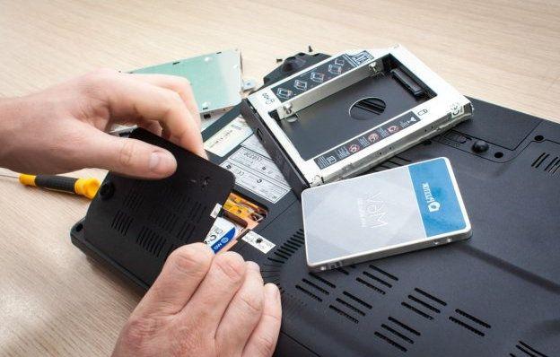 Замена жесткого диска HDD в ноутбуке на быстрый и производительный SSD