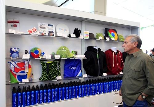Товары в магазинах Google