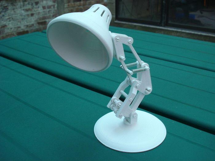 Настольная лампа из 3D принтера