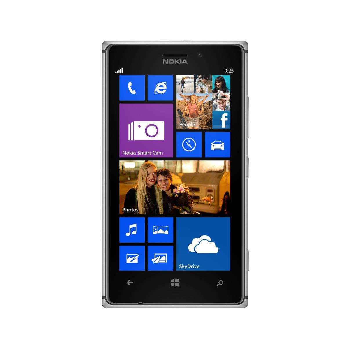 Фронтальная сторона Nokia Lumia 925