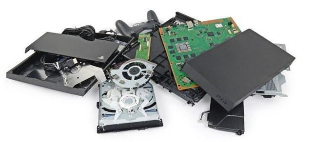 Себестоимость PlayStation 4