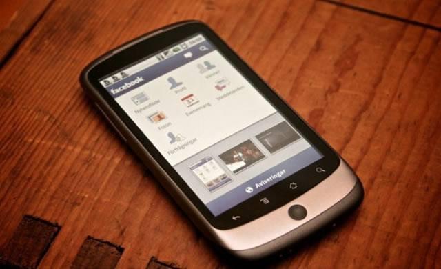 Использование Facebook на мобильном устройстве