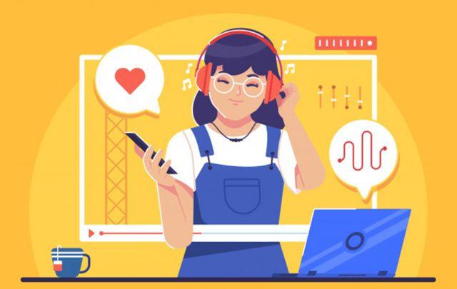 Девушка с выражением удовольствия слушает музыку из смартфона