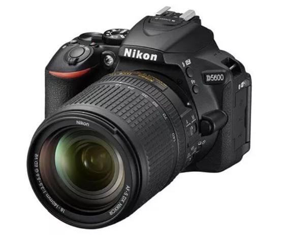Фотоаппарат Nikon D5600 для съёмки активного отдыха