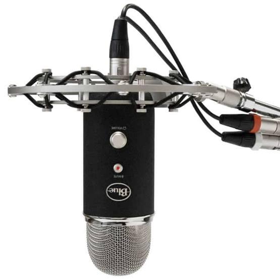 Профессиональный микрофон Blue Yeti Pro