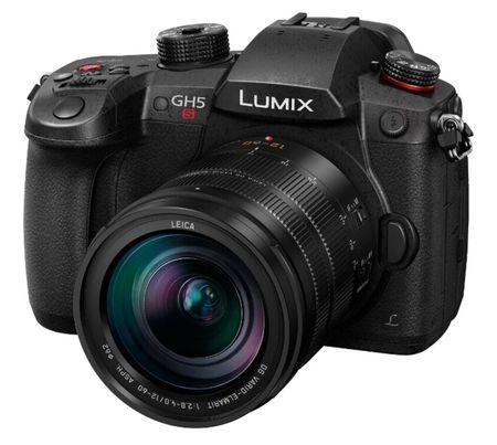 Фотоаппарат со сменной оптикой Panasonic Lumix DC-GH5S